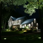 Réalisation d'éclairage de maison et cour avant